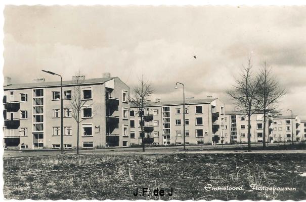 Emmeloord - Lange Nering Flats