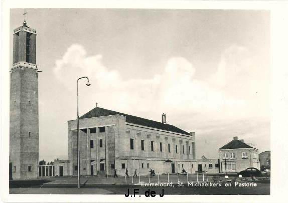Emmeloord - St Michaelkerk en Pastorie