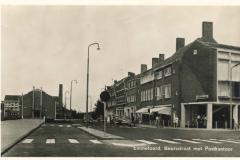 Emmeloord - Beursstraat met postkantoor