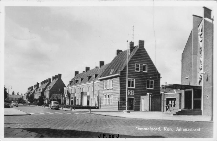 Emmeloord - Koningin Julianastraat
