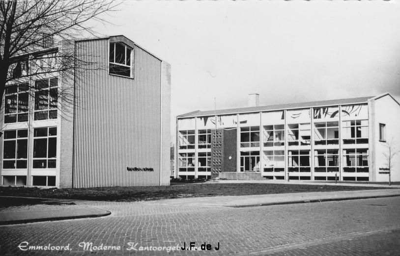 Emmeloord - Moderne Kantoorgebouwen