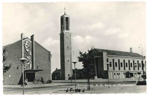Emmeloord - RK Kerk met Postkantoor